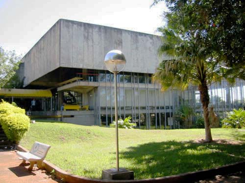 Figura 5-1 Vista externa do Restaurante Universitário da UnB (foto: UnB).