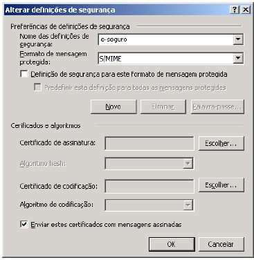 Configuração do Microsoft Outlook De forma a poder assinar digitalmente correio electrónico, terá de configurar o Outlook seguindo os seguintes passos: No Menu do Microsoft Outlook seleccione: