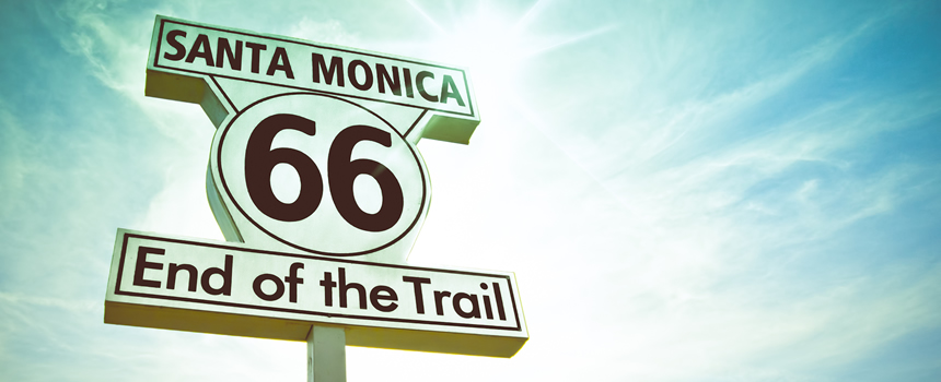 """GET YOUR KICKS ON ROUTE 66"" Estamos em meados da década de 1920."