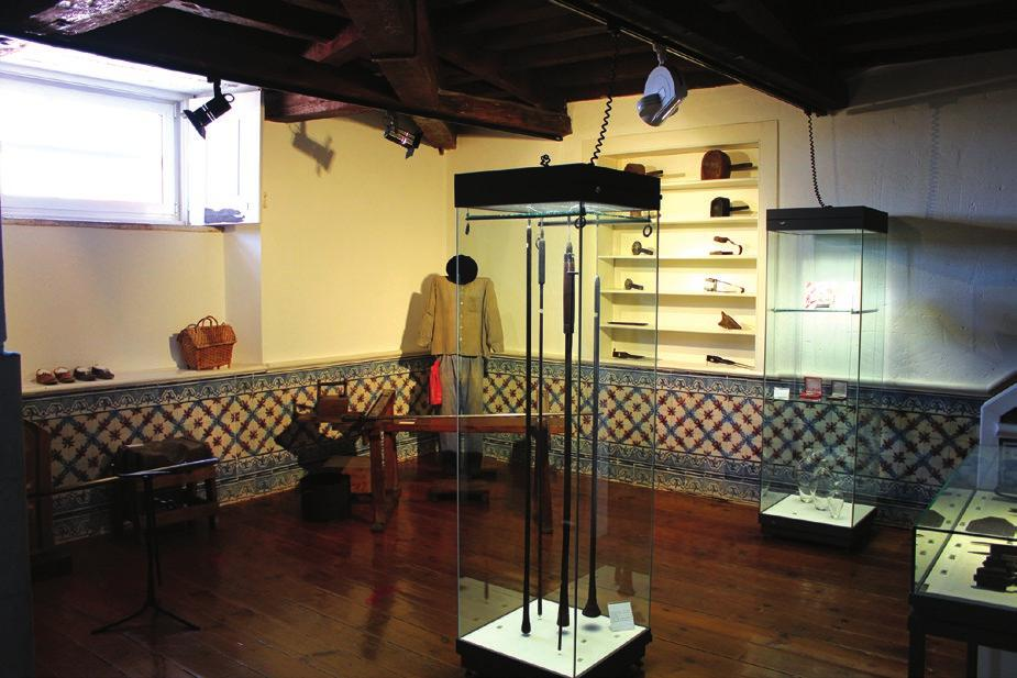 The Marinha Grande Museum of Glass mission is to study, preserve and disseminate the material and immaterial testimonies of mankind and its environment, regarding glass as material and artistic