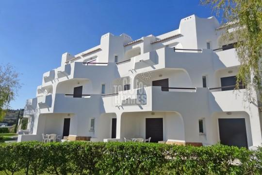 REDUCED Spacious 1 Bedroom Penthouse Apartments Close to Albufeira in Secure Complex APARTMENT IN ALBUFEIRA ref. S5105 150.000 130.